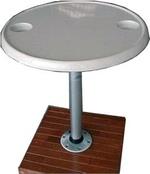 Asztal műa.,pohárt.+asztalláb